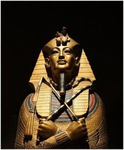 pharaoh-tutankhamun-3